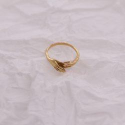 Anillo manos bañado en oro