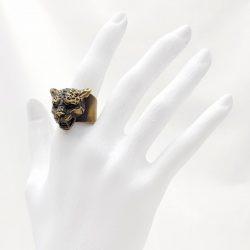 Porca Miseria anillo jaguar latón
