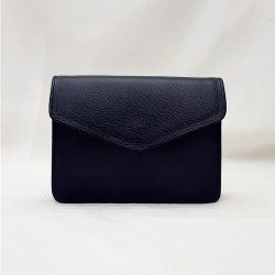 Bolso cuadrado pequeño azul oscuro