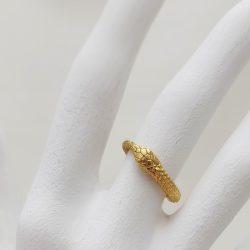Anillo Porca Miseria Ouroboros plata bañada en oro