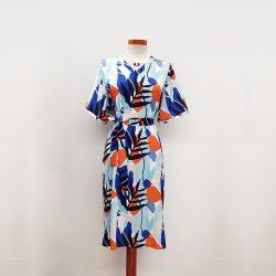 Vestido kimono satén hojas azul naranja
