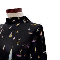 Blusa cuello lazada barcos negro