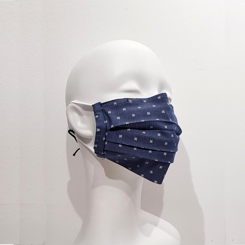 Mascarilla-pliegues-azul-puntos
