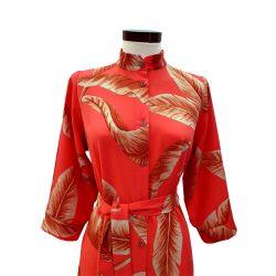 Vestido capa cuello solapa salmón hojas