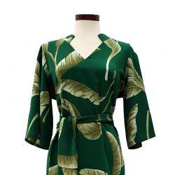 Vestido cuello pico verde hojas