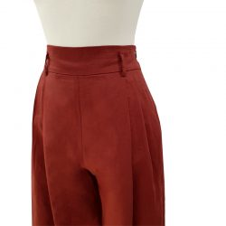 Pantalón pinzas lino teja