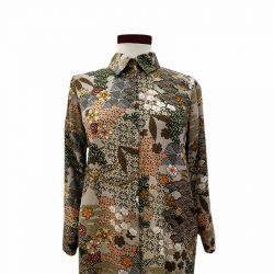 Camisa recta viscosa caqui estampado japonés